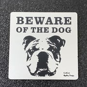 BEWARE OF THE DOG 猛犬注意サインプレート 犬に用心(シルバーアクリルプレート)ガーデンプレート