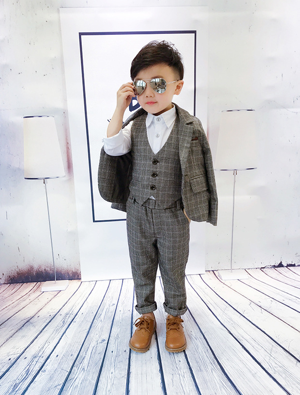 2020新作子供服 スーツ 入園 卒業式 入学式 発表会 結婚式 3点セット 2点セット こどもスーツ  90-140cm