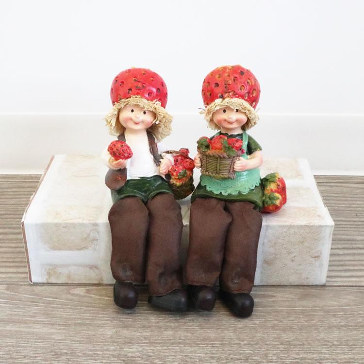 【直送可】ディスプレイとしてかわいい♪ 置物 お座り人形 イチゴ 2SET