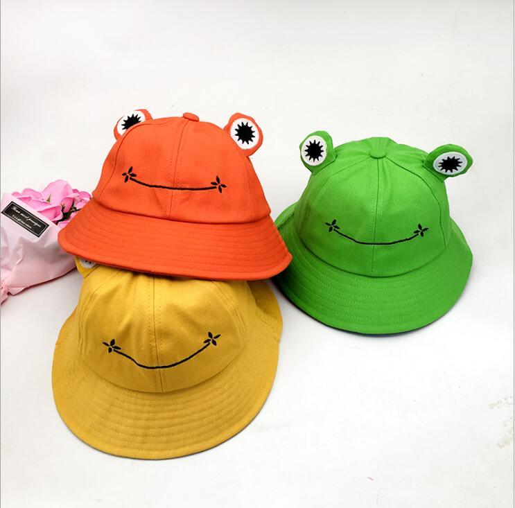 宝来商事 中折れ帽  日焼け防止 つば広帽子 UVカットレディース カエル刺繍帽子 小顔 面白い 春夏秋 旅行
