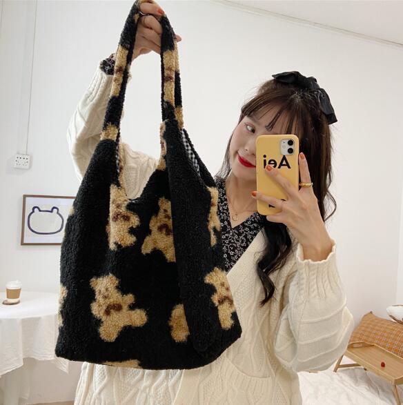 秋冬新作 バッグ トートバッグ INS クマ かわいい 大容量 レディースファッション