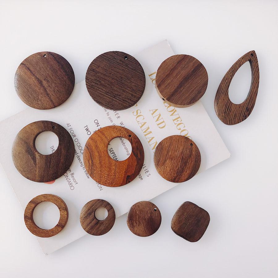 【即日発送】ハンドメイド 木 ウッド パーツ チャーム DIYパーツ 通し穴付き 自然風 ナチュラル 天然素材