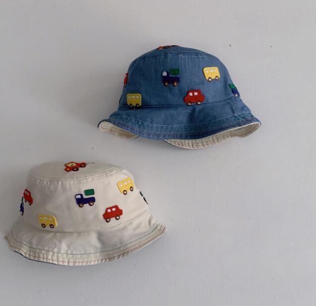 春新品★★キッズ帽 可愛いハット 刺繍帽子★2色