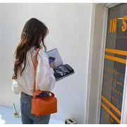 今だけの特別価格!韓国ファッション スモールスクエアバッグ ライチ柄 ハンドキャリー 豆腐バッグ