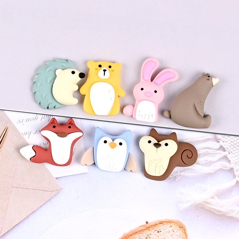 【即日発送】樹脂チャーム クマ 携帯ケース アクセサリーパーツ ハンドメイド素材 手芸材料 デコパーツ