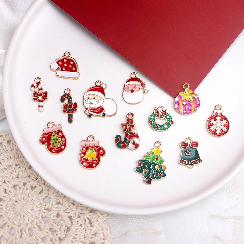 メタルチャーム クリスマスチャーム アクセサリーパーツ 手芸 サンタ ステッキ 手袋 クリスマスリース 金具