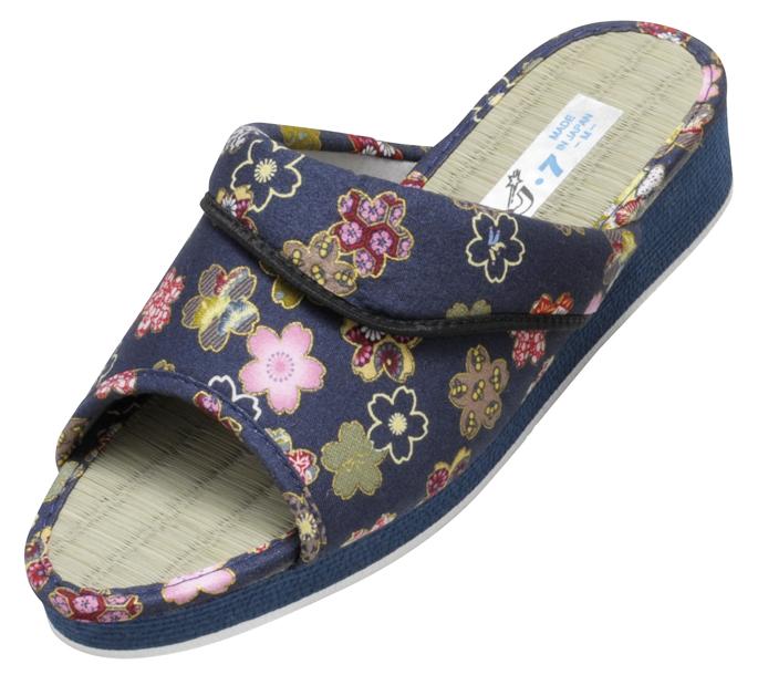 い草の優しい履き心地。脱臭効果も期待、日本製レディースちりめん本畳サンダル