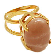《大きめストーン:フリーサイズ ファッションリング指輪/ファランジリング》 サンストーン(Sunstone)
