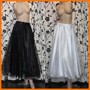 ■即納■ 上品なふんわりパニエ&コーラスぱりぱりスカート フリーサイズ 【2色】