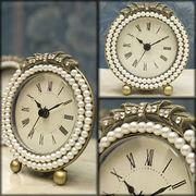 【ローマ数字に変更】可愛らしいデザイン♪アガットテーブルクロック♪パール ラウンド【置時計】