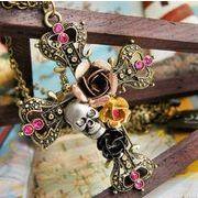 豪華! 薔薇やストーン ドクロが付いているネックレス 十字架 クロス AN-064