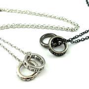 シースルーギリシャ数字柄ダブルリングネックレス ★ペア★指輪★芸能人★ストリート