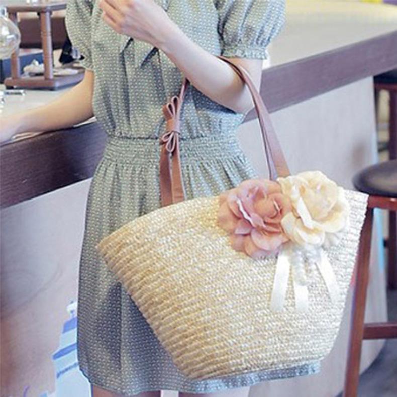 夏らしいデザイン 夏VIVI 可愛い バッジ 花 かごバッグ バッグ カゴバッグ