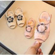 ★【子供靴】可愛いデザインの子供靴 サンダル 花付き 真珠付き 1-3歳 シューズ 女の子 キッズ