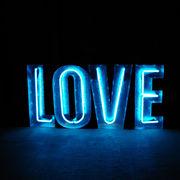 アメリカン雑貨/SIGN WITH NEON 「LOVE」/おしゃれ/インテリア/インダストリアル/