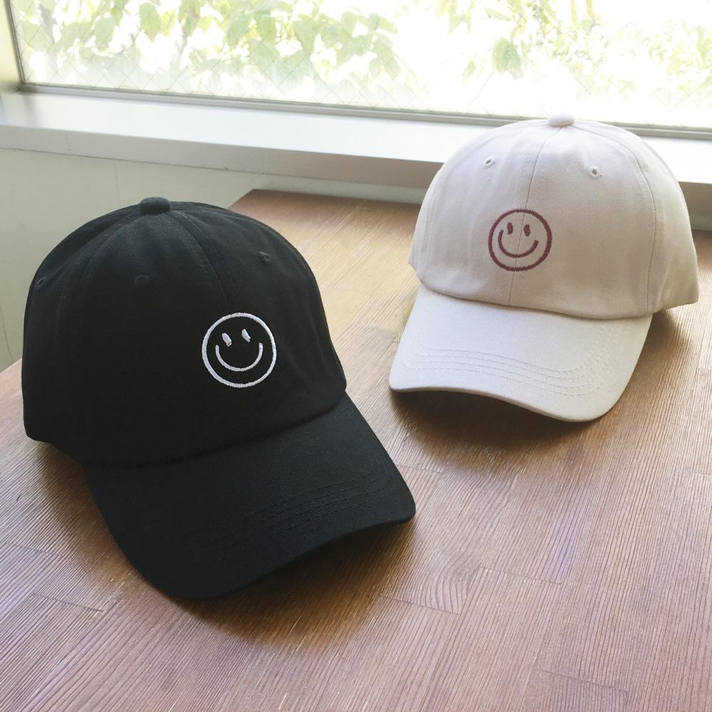 ▼MAGGIO▼ 王道人気のスマイリー! スマイル(ニコちゃん)刺繍キャップ(帽子)