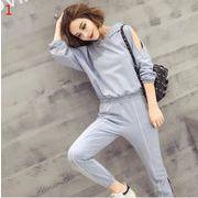 春秋 新しいデザイン ファッションセット 長袖 透かし彫り パーカー + 束口 ロングパンツ カジュアル 気質