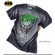 ★大人気アメコミ バットマンシリーズの悪役「ジョーカー」のプリントが迫力ある箔プリントTシャツ★
