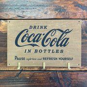コカコーラ・ウッデン・フックボード・木製ウォールハンガー・壁掛け (A)