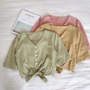 縦縞 五分袖 シャツ 女 夏 新しいデザイン 韓国風 襟 シングル列ボタン 裾 リボン