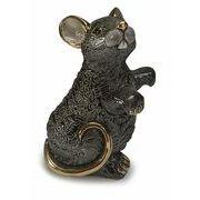 黒いネズミ親
