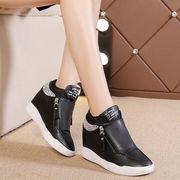 純粋な黒 高い靴 カジュアルシューズ 隠れた 形 インナーヒール 靴 学生靴 厚底 ささ