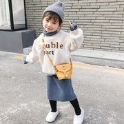 冬 新しいデザイン キッズ洋服 手厚い ハイネック 子羊ウール セーター スカート セッ