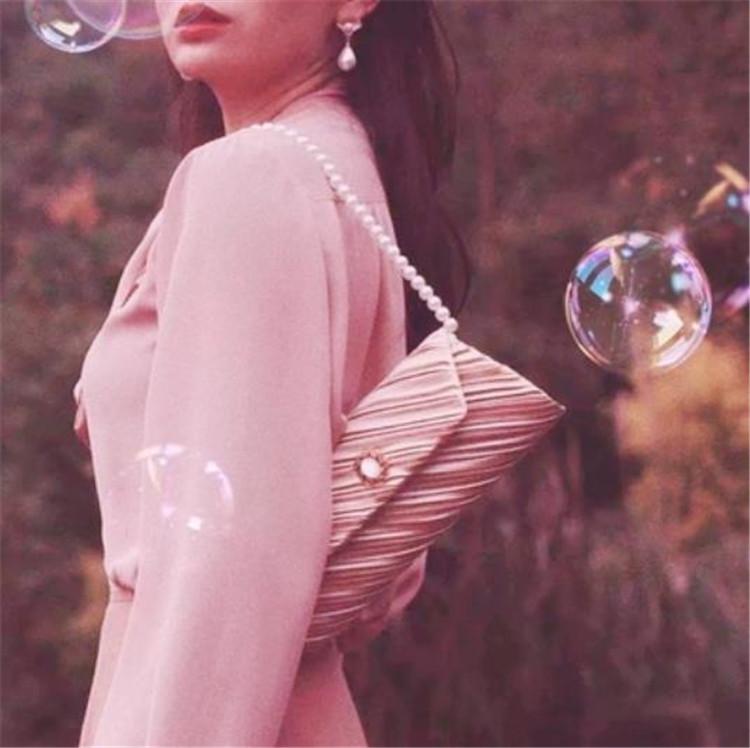 超かわいい!韓国ファッション  アンティークバッグ ハンドヘルド チェーン クロスボディバッグ