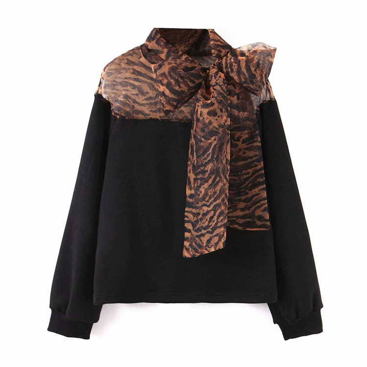 この1枚で、冬の外出も安心 INSスタイル 気質 ヒョウ柄 プリント 長袖 デザインセンス  セーター