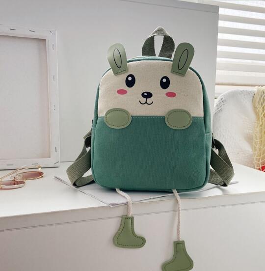バッグ 鞄 カバン リュック キッズ 子ども アニメ かわいい カジュアル トレンド 人気