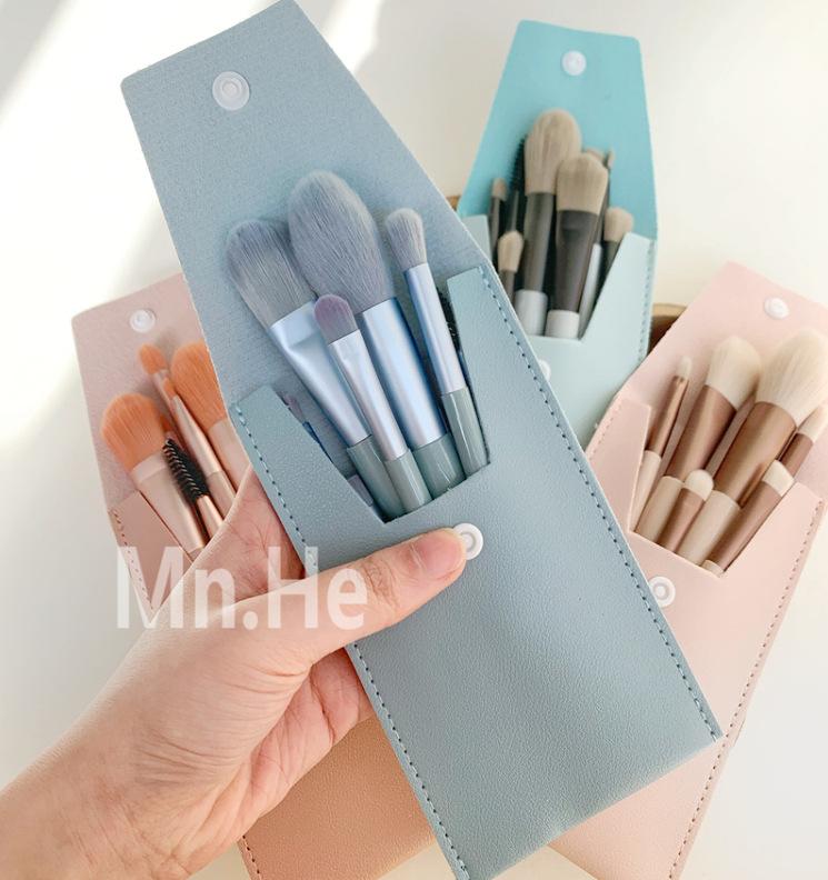 イクブラシ 8本セット メイクブラシセット メイクポーチ 付き 柔らかい メイク道具 化粧ブラシ 化粧筆
