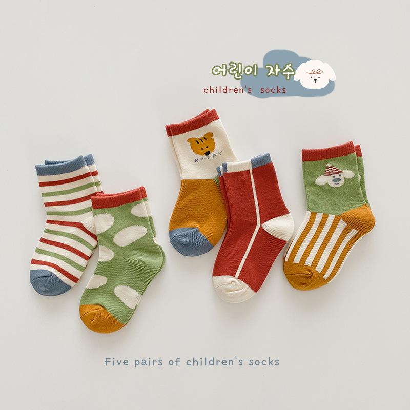 韓国子供服  秋服 靴下ソックス柄物可愛いおしゃれセット